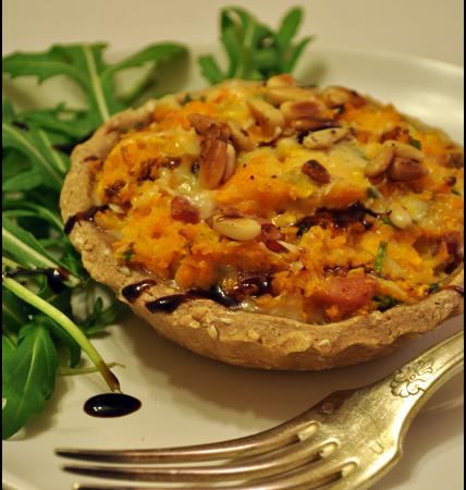 Tartelettes à la butternut, lardons et gorgonzola